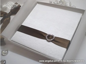 Knjiga za prstenje Smeđe srce
