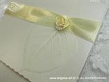 bijeli list na pozivnici za vjenčanje