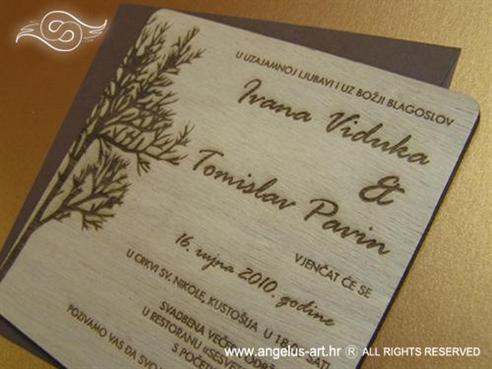 drvena pozivnica s gravurom i motivom drveta
