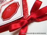 pozivnica za vjenčanje crveni kišobran detalj