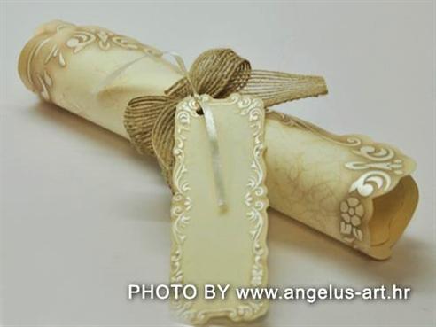 rolana pozivnica za vjenčanje u svitak spaljena kao stari spis