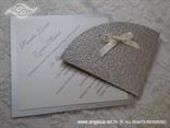 srebrna pozivnica s bijelom mašnicom i blindruckom