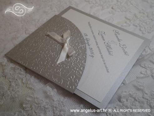 srebrna pozivnica za vjenčanje u obliku dijamanta