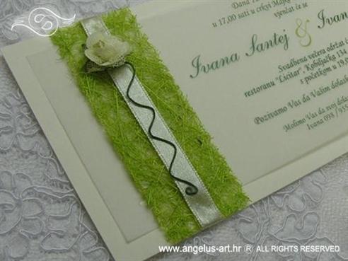 zelena pozivnica sa sisalom i ružicom