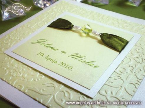 zelena pozivnica za vjenčanje s perlicama i 3D tiskom